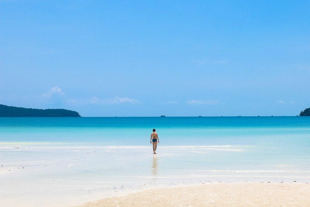 Pludmale Koh Rong Samloem salā - Labākās budžeta viesnīcas Koh Rong Samloem_