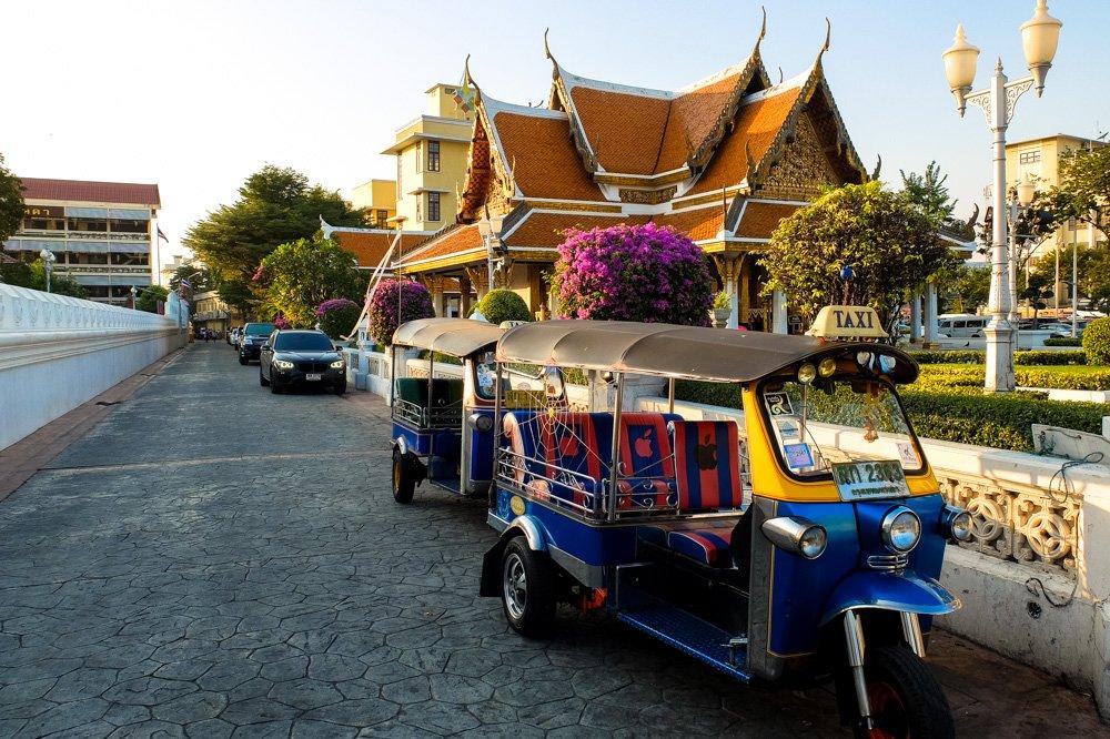 Tuktuks Bangkokā, Taizemē - Labākās budžeta viesnīcas Chiang Mai