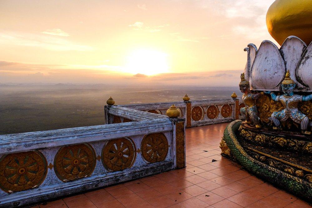 Saullēkts Tiger Cave tempļa apkārtnē - 2 nedēļas Taizemē - Ceļojuma plāns