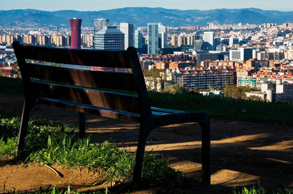 Soliņš ar skatu uz Barselonu - Labākās budžeta viesnīcas Barselonā