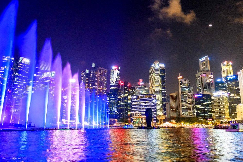 Strūklaku šovs Singapūrā - Singapūras vīza - Vīza uz Singapūru