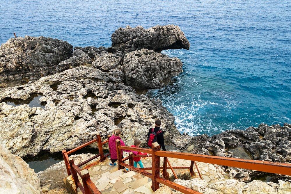 Konnoi salas austrumi - Ceļojums uz Kipru