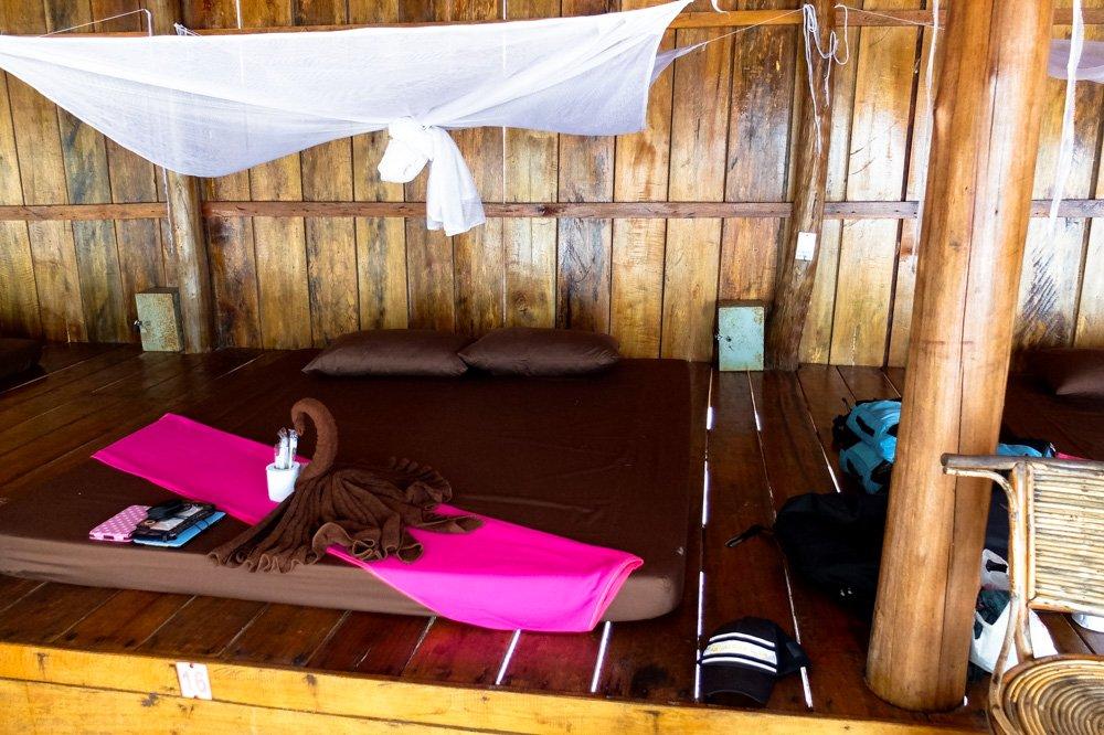 Mūsu gulta Koh Rong Sanloem salā - 2 nedēļas Kambodžā