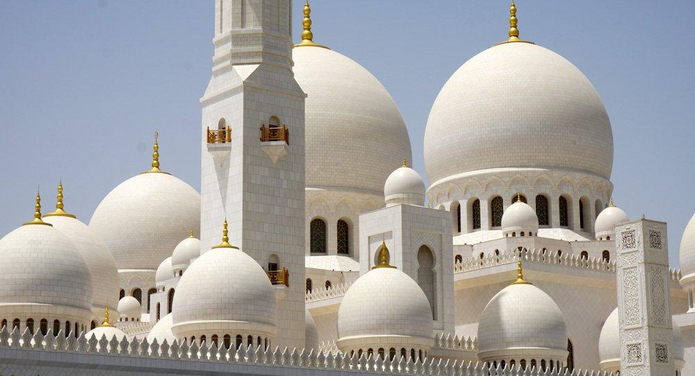 Mošejas jumts - Labākās budžeta viesnīcas Abū Dabī