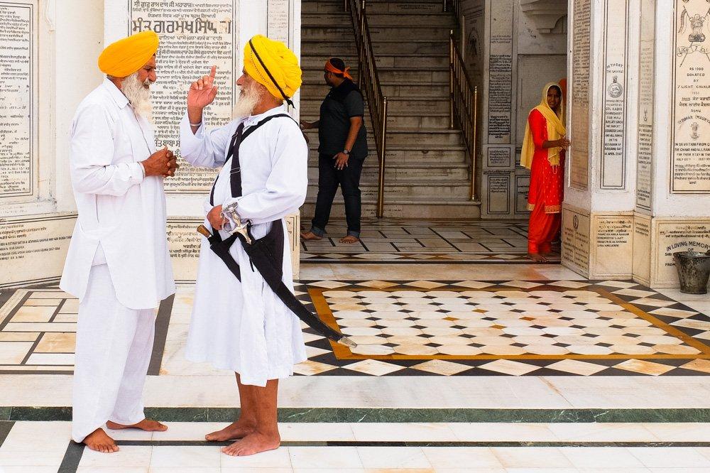 Apsargi zelta templī, Amritsārā - Lēti lidojumi no Rīgas uz Indiju