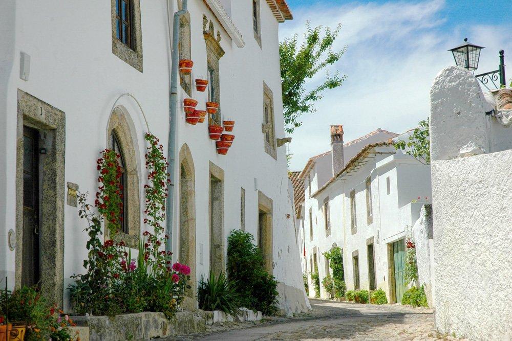 Baltas mājas - Labākās budžeta viesnīcas Koimbrā, Portugālē