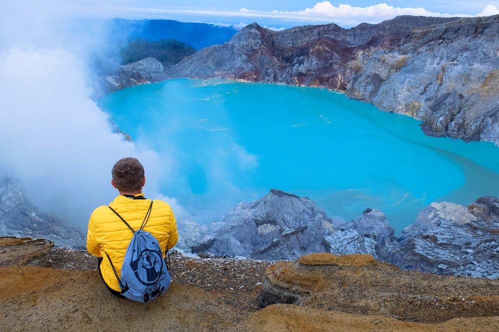 Ijen vulkāna krāteris - Javas sala, Indonēzija