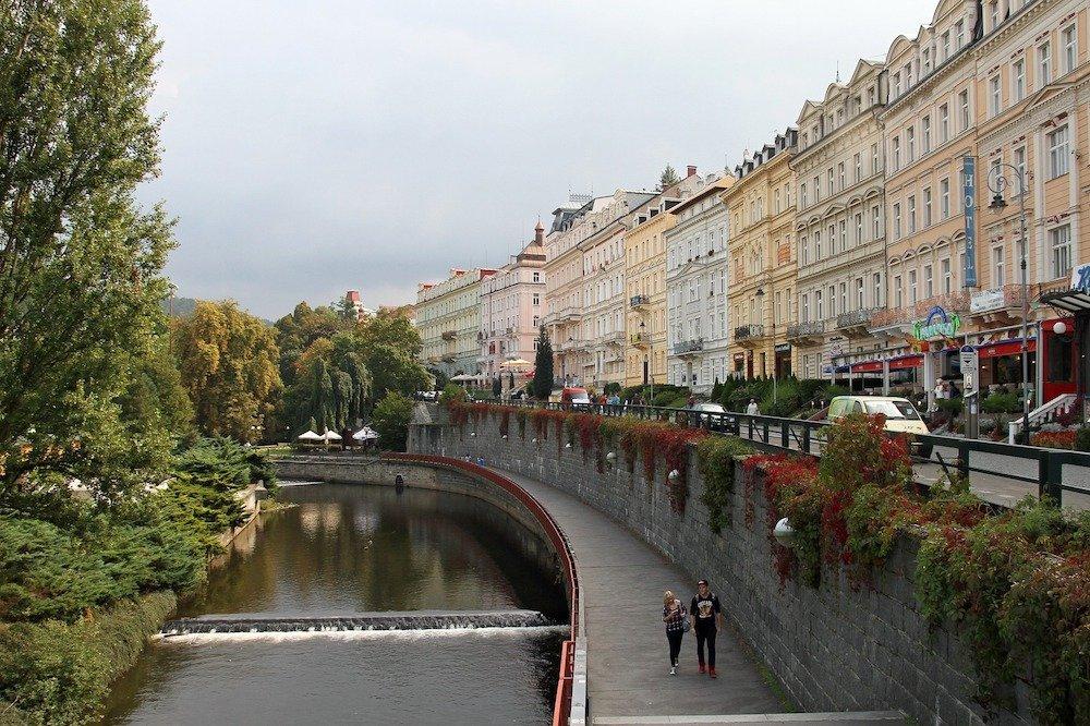 Karlovi Vari, Čehija