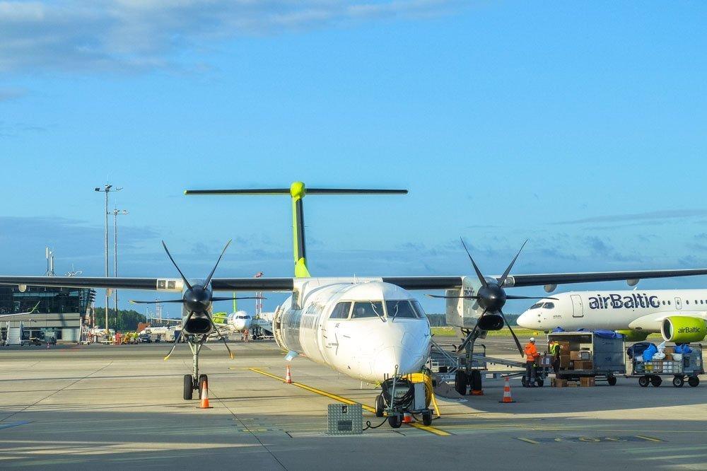 airBaltic lidmašīna