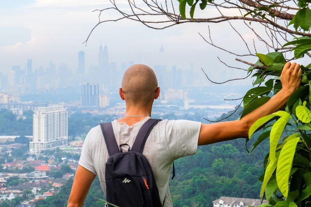 Kaspars Kualalumpurā, Malaizijā